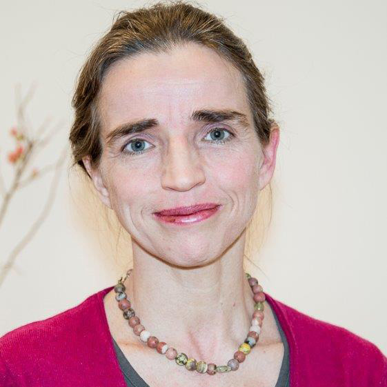 Sabine Kröger, Praxisinhaberin, Physiotherapeutin, Heilpraktikerin